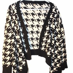 36 POINT 5 HOUNDSTOOTH OPEN CARDIGAN SWEATER WRAP